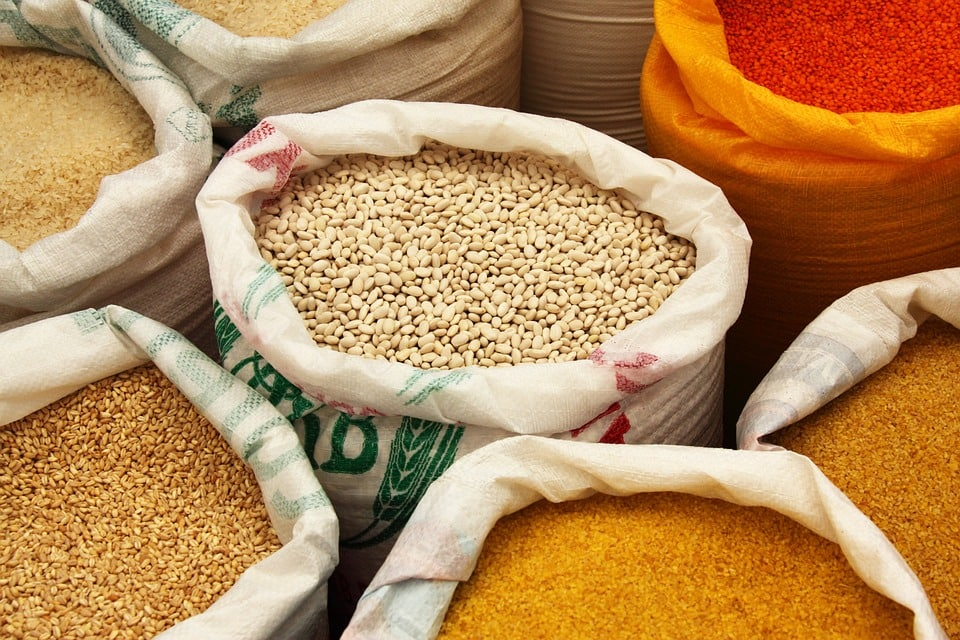 Dry grains sold in bulk.