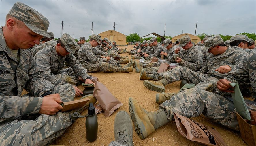 eat-an-mre-military-eating